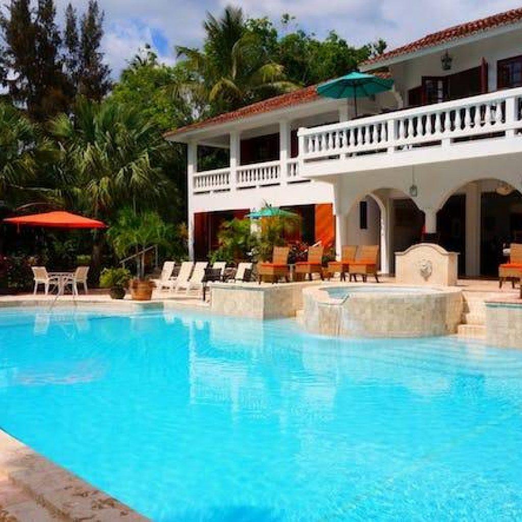 Luxury Vacation rental management