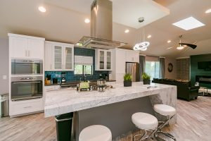 Sanctuary of Scottsdale Vacation Home Rental Kitchen